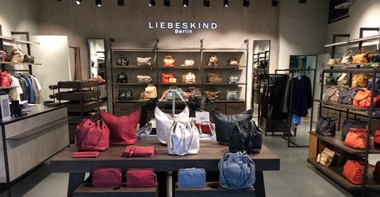 b4b102dfe4982 Liebeskind Berlin mit Shop Re-Design